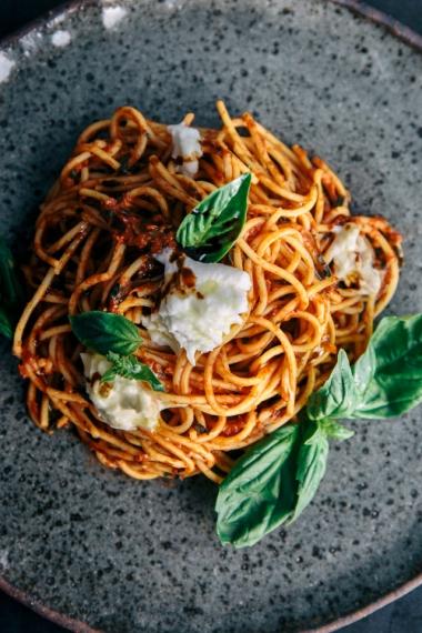 Tomato+%26+Balsamic+Spaghetti+with+Fresh+Basil+%26+Burrata++%7C++Gather+%26+Feast
